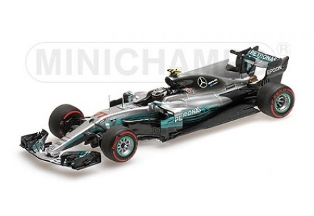 MERCEDES AMG PETRONAS FORMULA ONE TEAM F1 W08 VALTTERI BOTTAS 1ST WIN RUSSIAN GP 2017 - ESCALA 1:43 MINICHAMPS